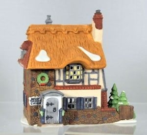 Village Idiotz - Department 56 - Dickens' Village Series - Betsy Trotwood's Cottage - 56-55506