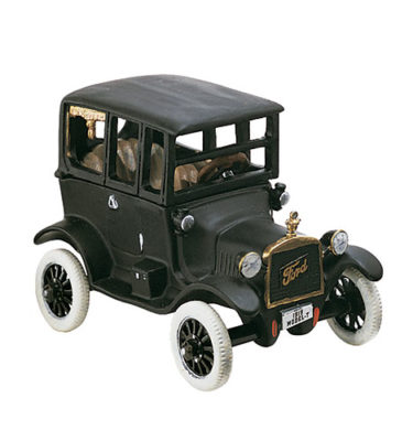 Village Idiotz - Department 56 - Christmas In The City Series - 1919 Ford Model-T - 56-58906