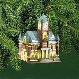 Village Idiotz - Department 56 - Christmas In The City Series - City Hall Ornament - 56-98741